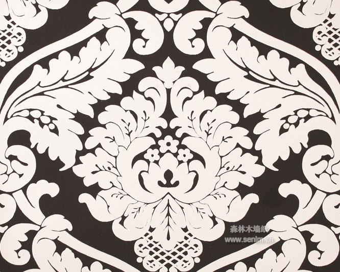 经典的巴洛克花纹图案配合亚光银的底面
